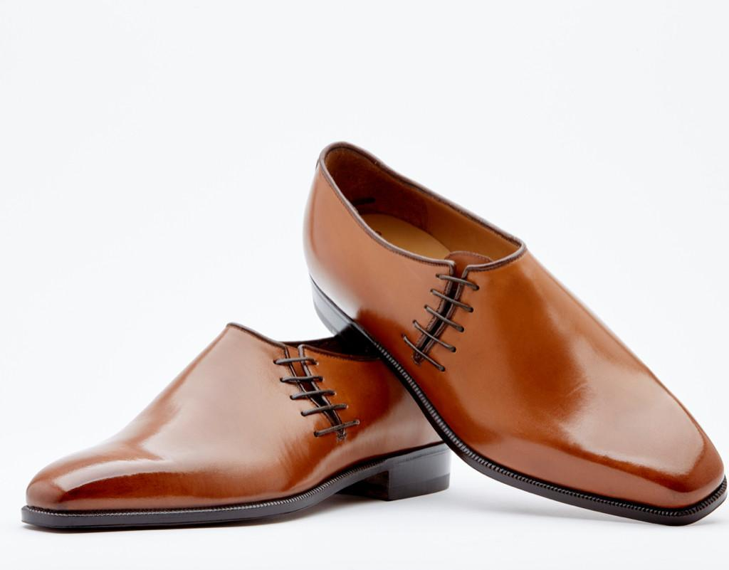 Five-eyelet Side Laced Style. Contrast Piping In Vitello Bolet. Single Leather Sole. Blake 2-b Construction