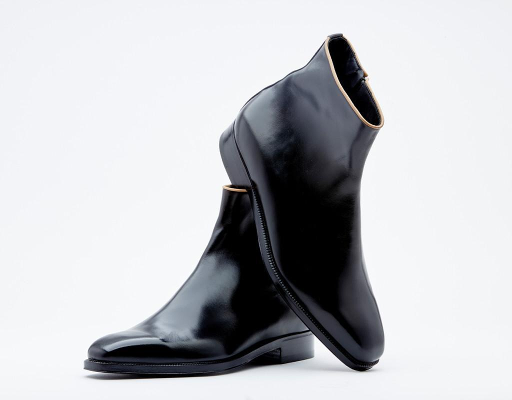 Zipper Boot. Contrast Piping. Single Leather Sole. Blake 3-a/17 Construction