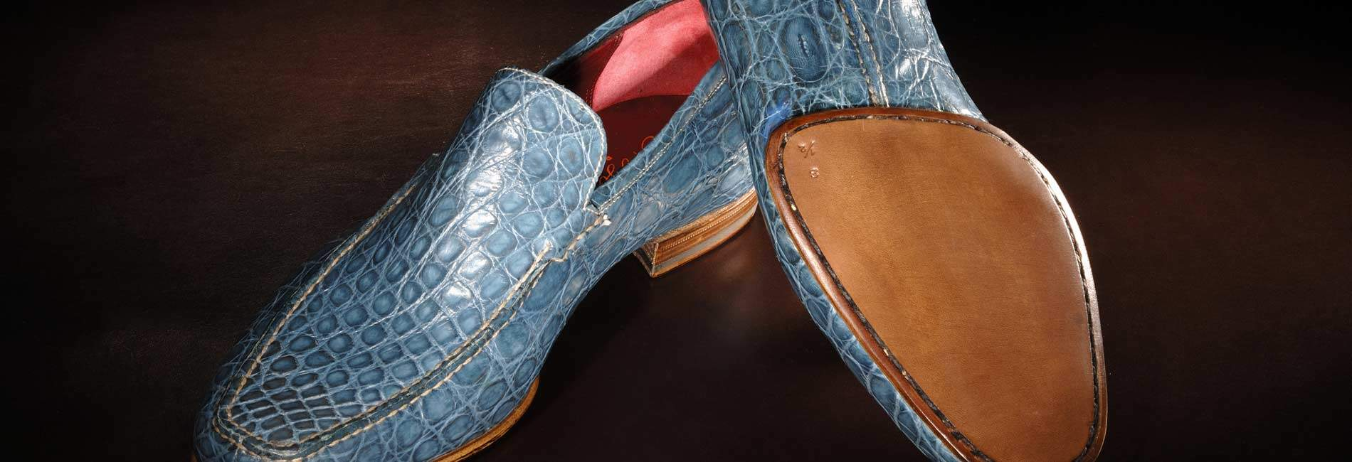 Discover our crocodile handmade shoes